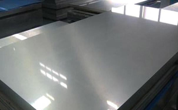201不锈钢板加工热处理有哪些需要注意的因素